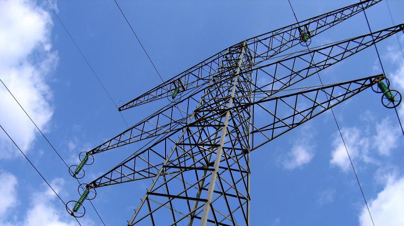 Noi standarde de performanta pentru serviciul de distributie, transport si de sistem in domeniul energiei electrice